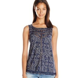 dda0b200fdb01 Lucky Brand Tops - Blue Printed Lucky Brand Tank Top